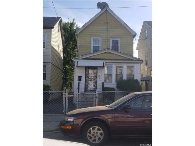 [Hollis Real Estate, listing number 3189019]