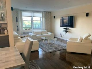 1 BR,  1.00 BTH Mid rise style home in Kew Garden Hills