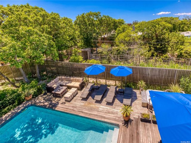 3 BR,  2.00 BTH Contemporary style home in Fire Island Pine