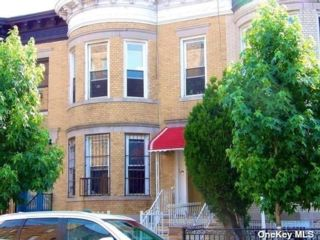 3 BR,  1.00 BTH Apt in house style home in Flatbush