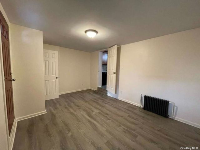 6 BR,  3.00 BTH Colonial style home in Sunset Park