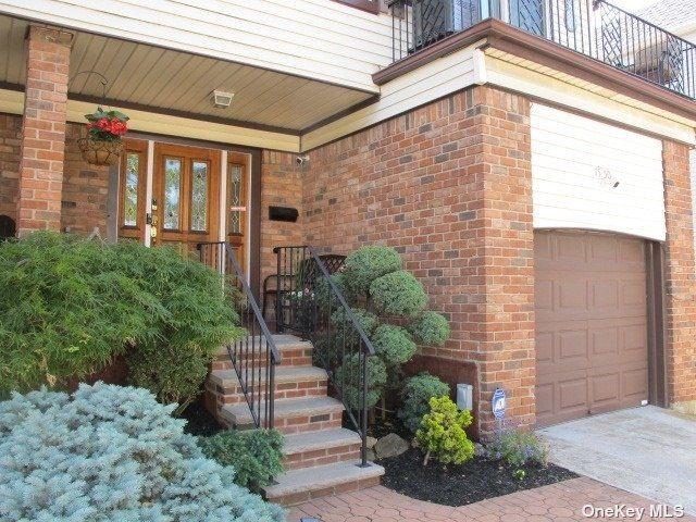[Bayside Real Estate, listing number 3190323]