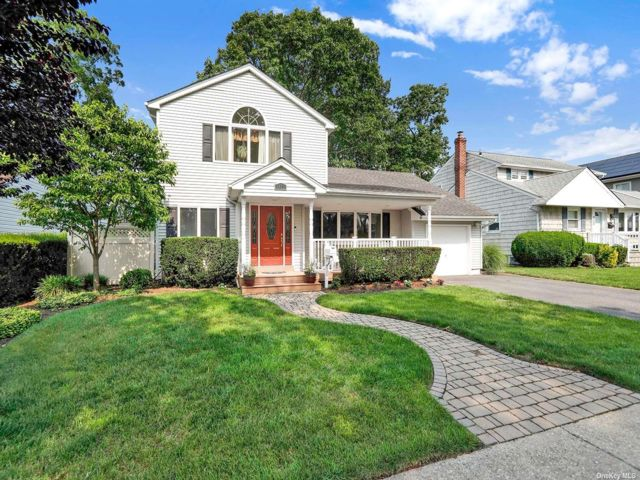 [Wantagh Real Estate, listing number 3190786]