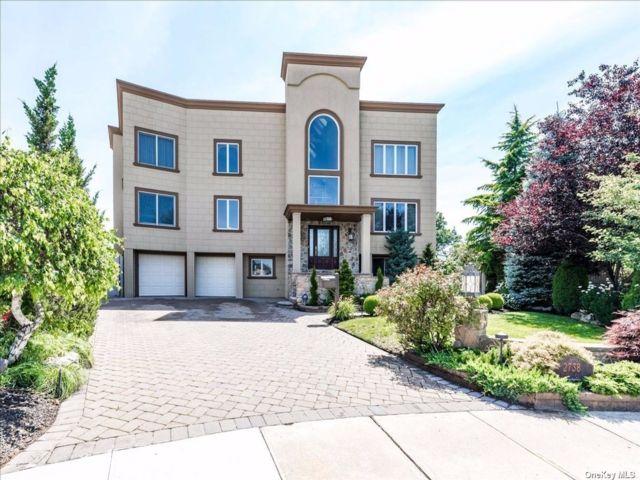[Bellmore Real Estate, listing number 3190936]
