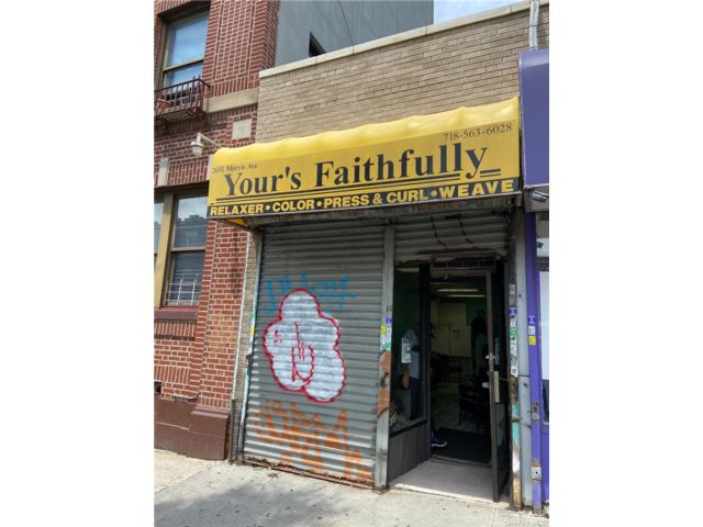 Studio,  0.00 BTH Commercial style home in Jerome Avenue