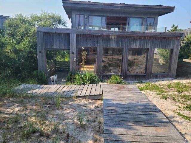 3 BR,  4.00 BTH Contemporary style home in Fire Island Pine