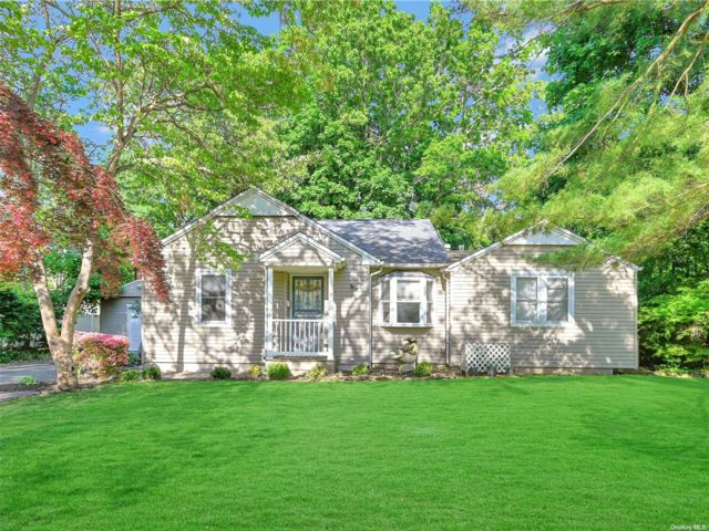 4 BR,  2.00 BTH Ranch style home in Port Jefferson Station