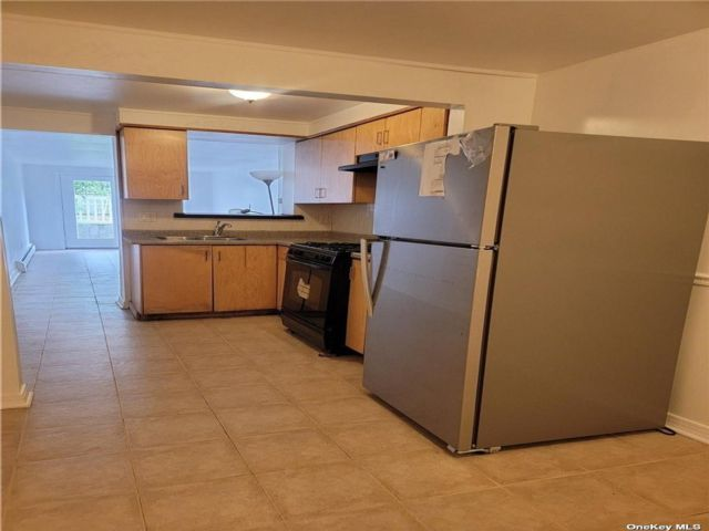 1 BR,  1.00 BTH Colonial style home in Bellerose