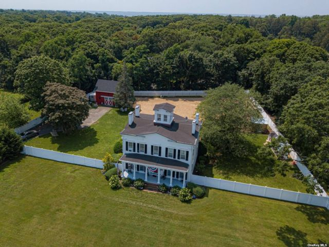 3 BR,  3.00 BTH Colonial style home in East Patchogue