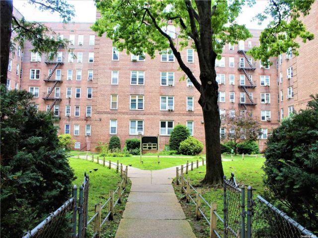 [Jackson Heights Real Estate, listing number 3191908]