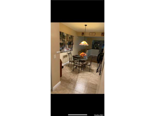 2 BR,  1.00 BTH Duplex style home in Bensonhurst