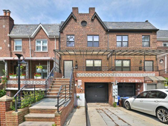 [Sunnyside Real Estate, listing number 3192132]