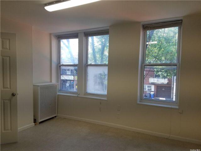 [Flushing Real Estate, listing number 3192528]