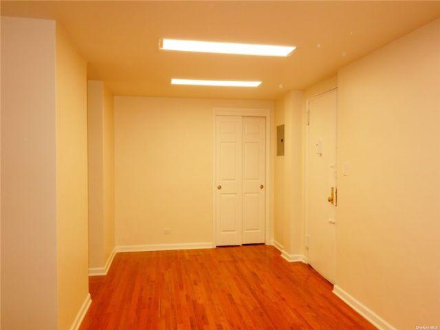 [Flushing Real Estate, listing number 3193386]