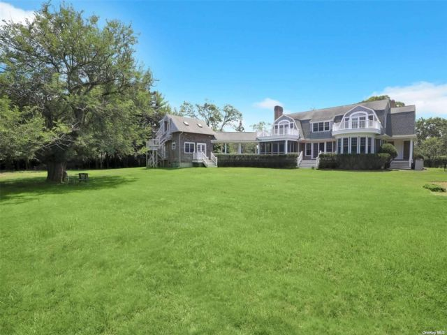 5 BR,  5.00 BTH Post modern style home in Westhampton Bch