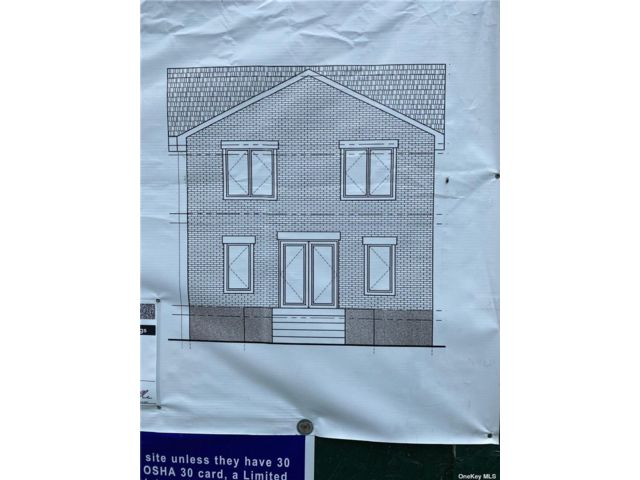 Lot <b>Size:</b> 40x100 Land style home in Fresh Meadows