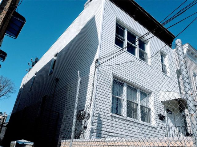7 BR,  3.00 BTH Colonial style home in East Elmhurst