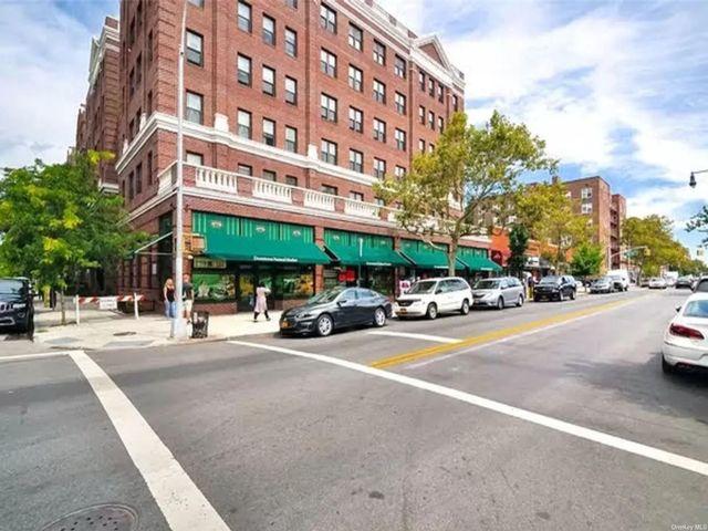 [Jackson Heights Real Estate, listing number 3194197]