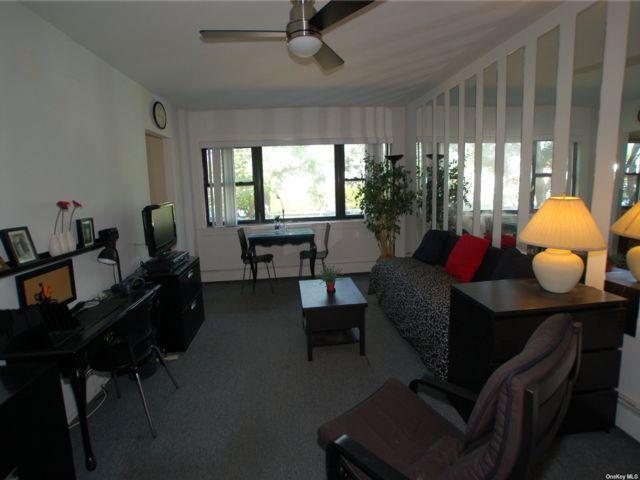 [Floral Park Real Estate, listing number 3194301]