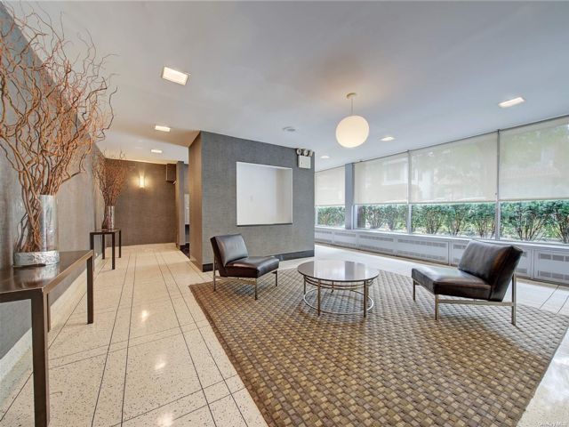 [Jackson Heights Real Estate, listing number 3194879]