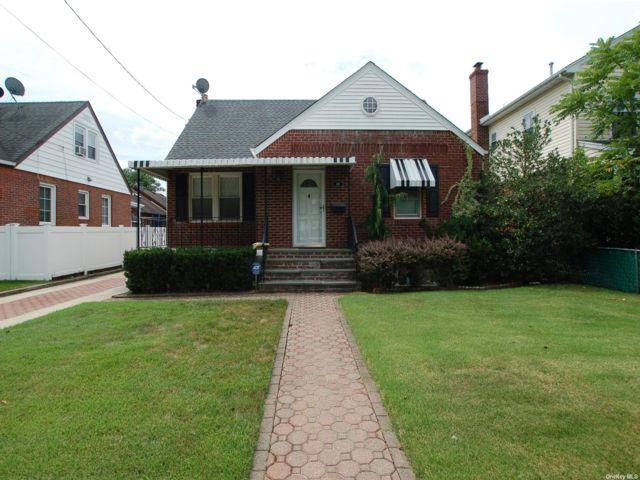 [New Hyde Park Real Estate, listing number 3194921]