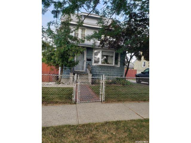 [Rosedale Real Estate, listing number 3195244]