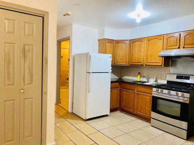 [Flushing Real Estate, listing number 3195409]