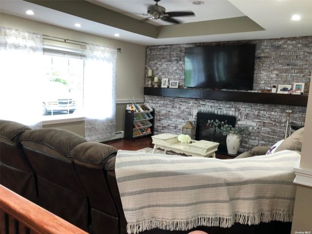 2 BR,  2.00 BTH Ranch style home in Smithtown