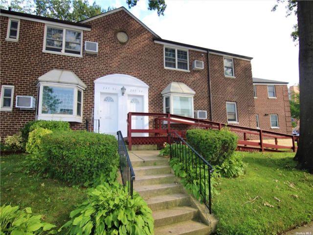 3 BR,  1.00 BTH Garden apartmen style home in Little Neck