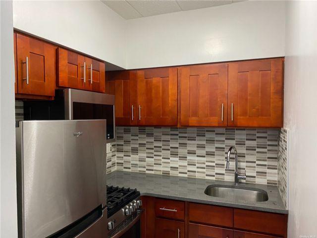 [Flushing Real Estate, listing number 3196119]