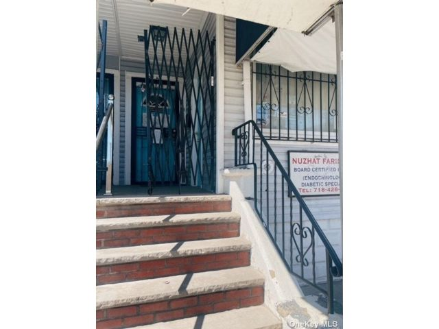 [Jackson Heights Real Estate, listing number 3196226]