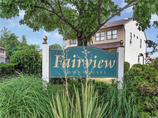 [Merrick Real Estate, listing number 3196333]