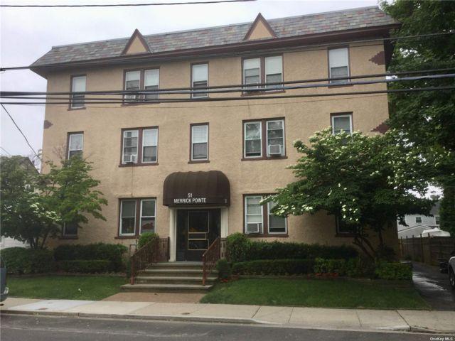 [Merrick Real Estate, listing number 3196651]