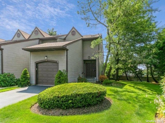 [Merrick Real Estate, listing number 3196707]