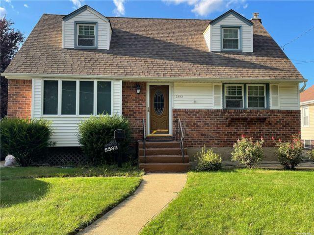 [Bellmore Real Estate, listing number 3196728]