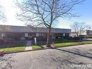 Studio,  0.00 BTH Commercial style home in East Farmingdale