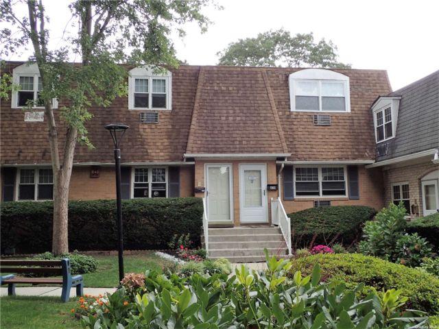 1 BR,  1.00 BTH Garden apartmen style home in Holtsville
