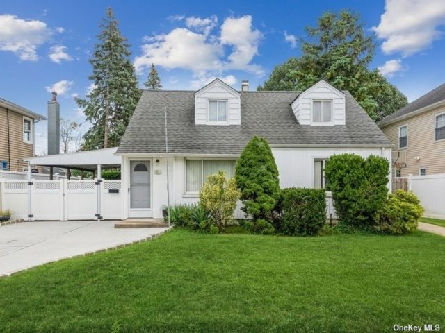 [Valley Stream Real Estate, listing number 3197628]