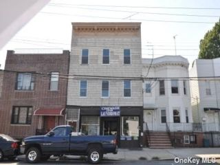 Studio,  0.00 BTH Commercial style home in Castle Hill