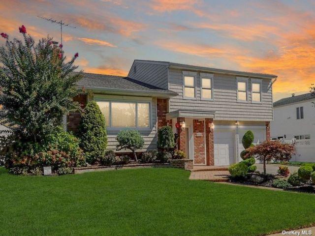 [Bellmore Real Estate, listing number 3198060]