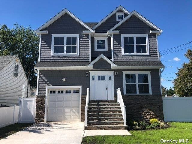 [Wantagh Real Estate, listing number 3198071]
