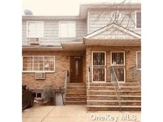[Rosedale Real Estate, listing number 3198272]
