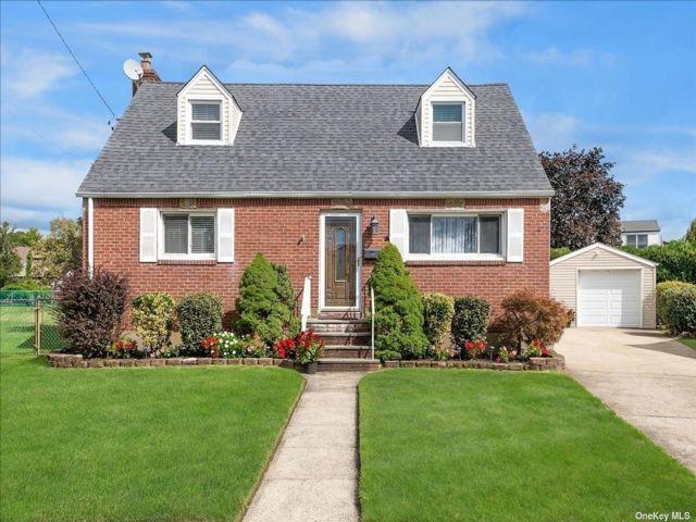 [Bellmore Real Estate, listing number 3198427]