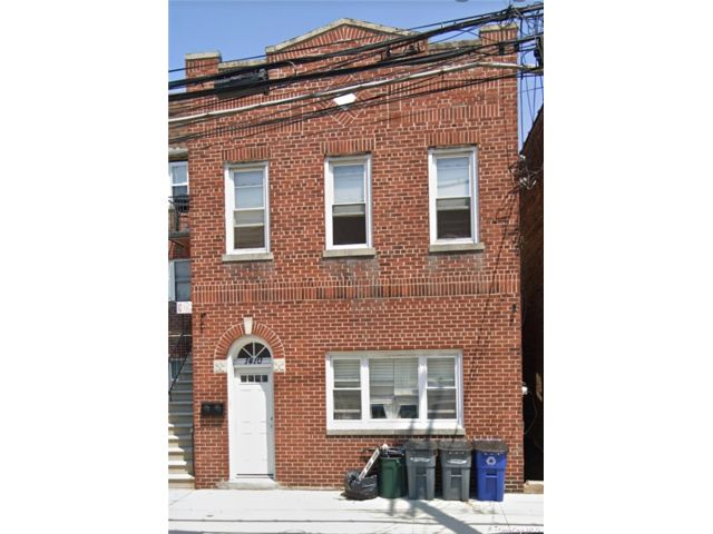 3 BR,  1.00 BTH Apt in house style home in Pilgrim