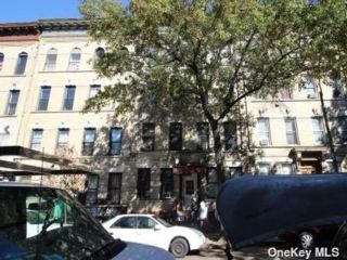Studio,  0.00 BTH Commercial style home in Sunset Park