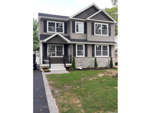 [Wantagh Real Estate, listing number 3198858]
