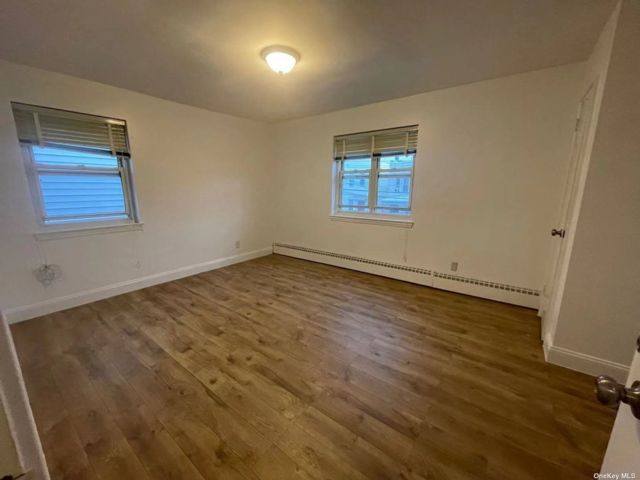 1 BR,  1.00 BTH 2 story style home in Pilgrim