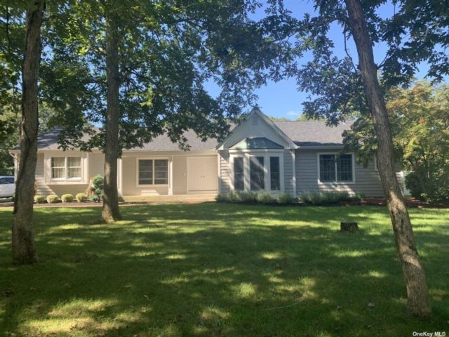 3 BR,  2.00 BTH Ranch style home in Port Jefferson Station