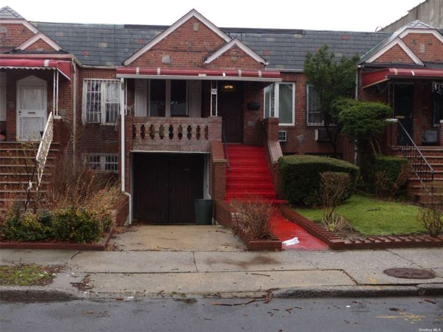 3 BR,  2.00 BTH Ranch style home in East Flatbush