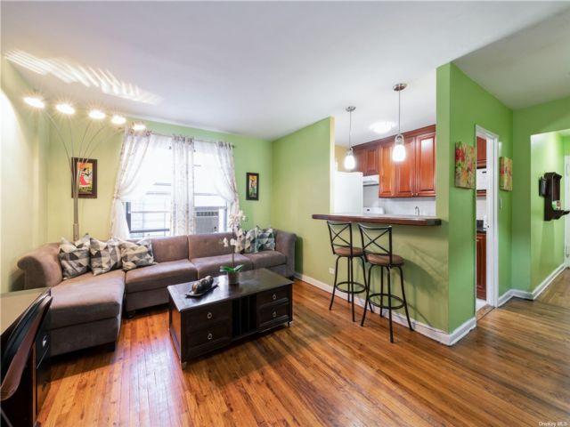 [Jackson Heights Real Estate, listing number 3199310]